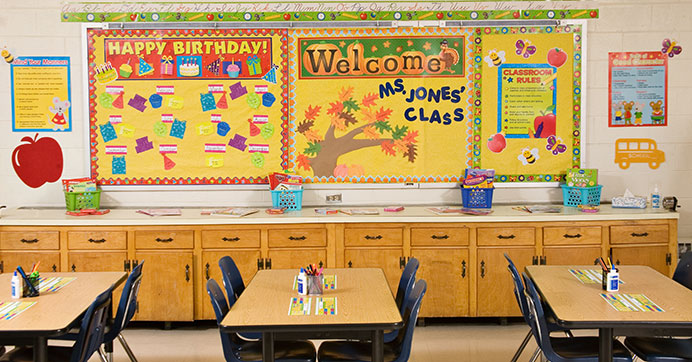 Classroom d cor ideas on a teacher 39 s budget the dollar for Classroom mural ideas