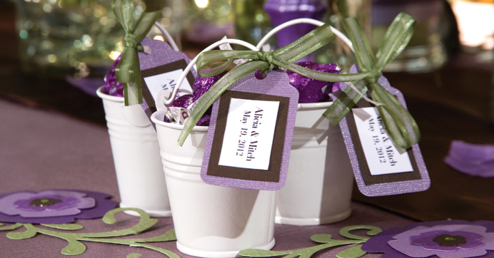 Tin pail wedding favors