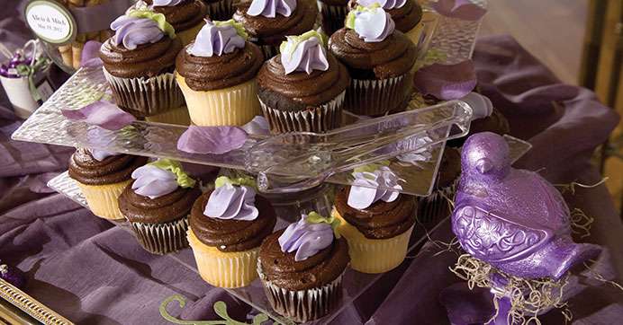 Candy dessert buffet for your reception the dollar tree blog cupcakes on a plastic display solutioingenieria