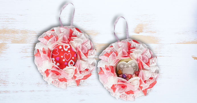 Build a Valentine's Day Wreath