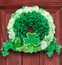 Greet Your Guests with This Beautiful St. Patrick's Day Wreath |