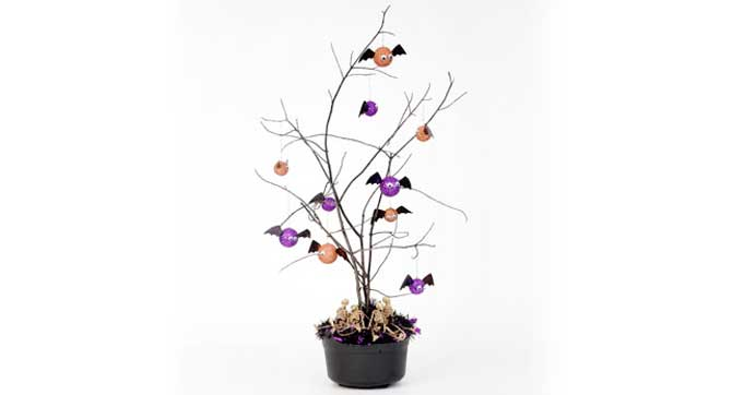 Spooky Tree Centerpieces