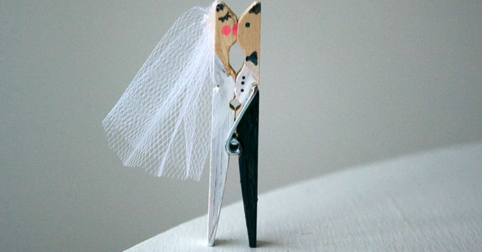 Kissing Clothespin Placecard Holders
